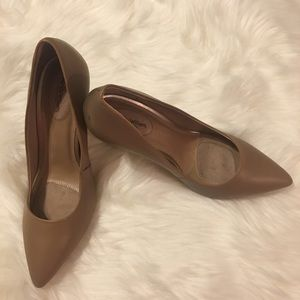 Leather Tan Wendy Williams Pumps 4 inch heels
